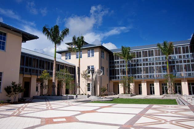 Academic Center And Koski Plaza (photo Courtesy New College Of Florida)